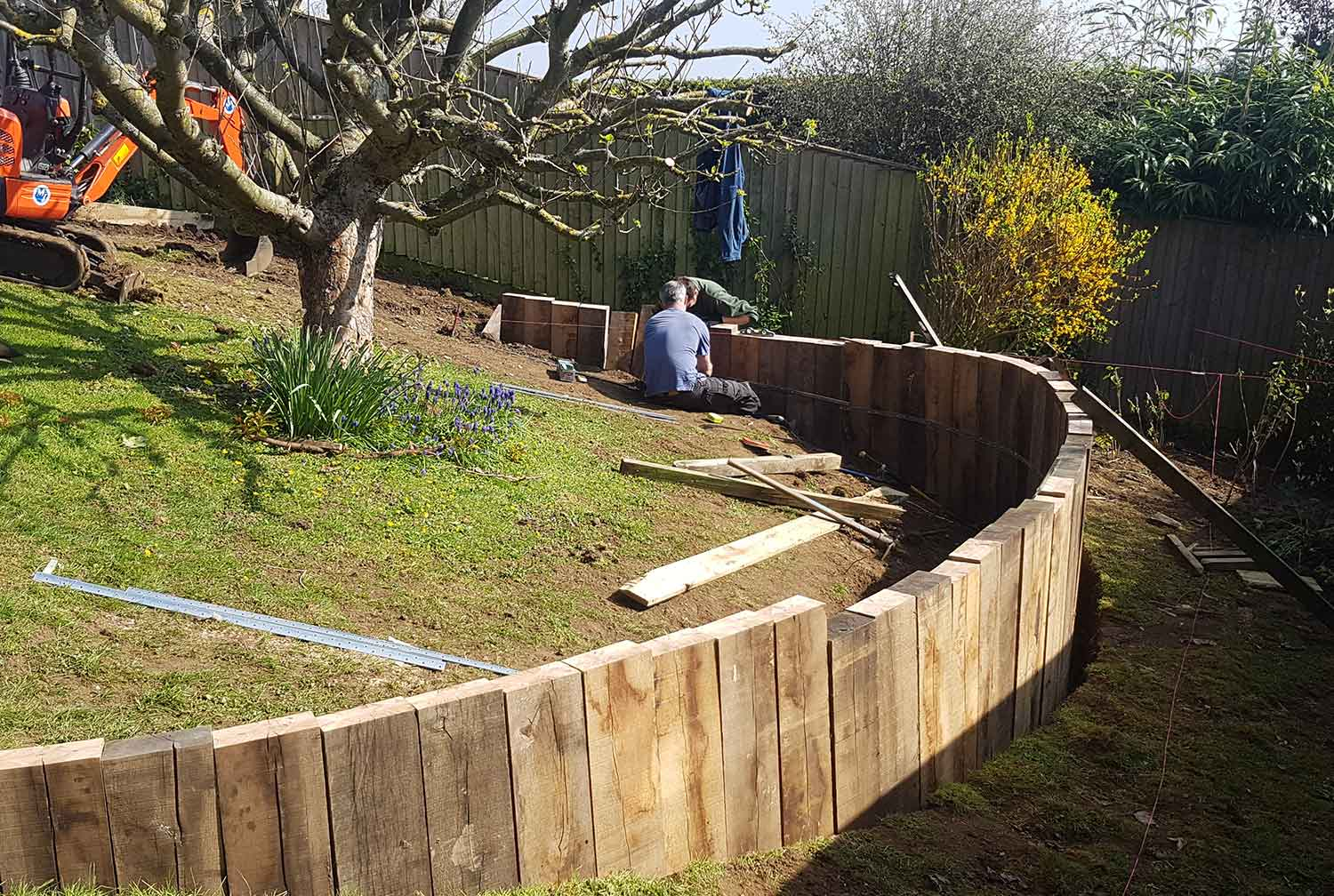 Cotswolds Garden Design & landscaping - Apple Tree Terraces - Gaiaveda Gardens