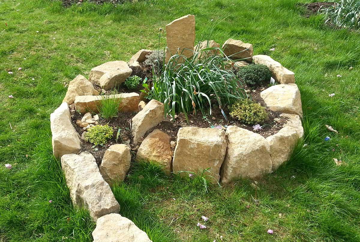 Cotswold stone herb spiral - Ayurvedic Permaculture Garden Design, Finstock, Oxfordshire - Gaiaveda Gardens